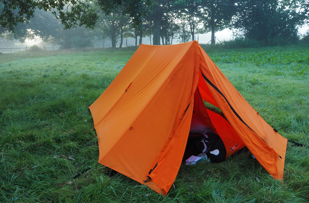 camping essentials Outdoor People